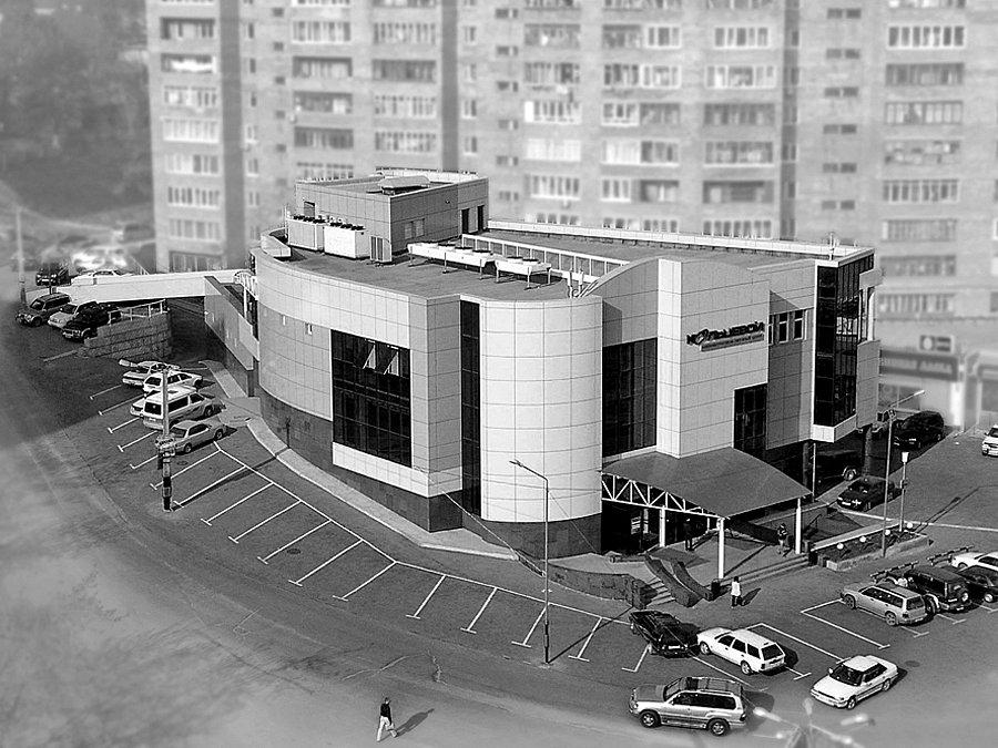 Торговый центр КОЛЬЦЕВОЙ по проспекту Красного Знамени в г.Владивостоке